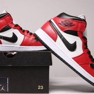 AIR JORDAN SNEAKERS SHOES